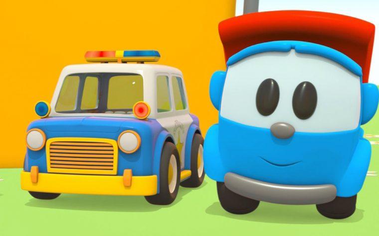 Leo e la macchina della polizia stradale